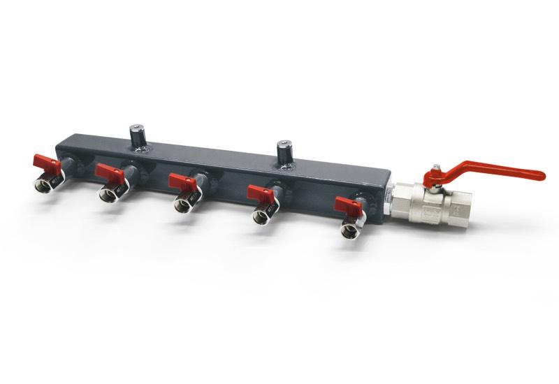 Vacuum pump and pump set manifolds