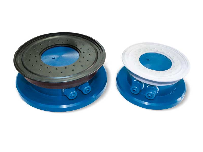 Round vacuum cups with self-locking support